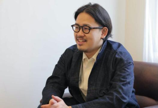 スタッフ写真(大垣峰志)